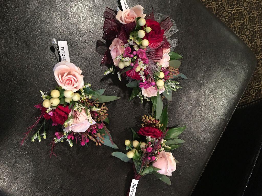 Cheap groom flowers league city