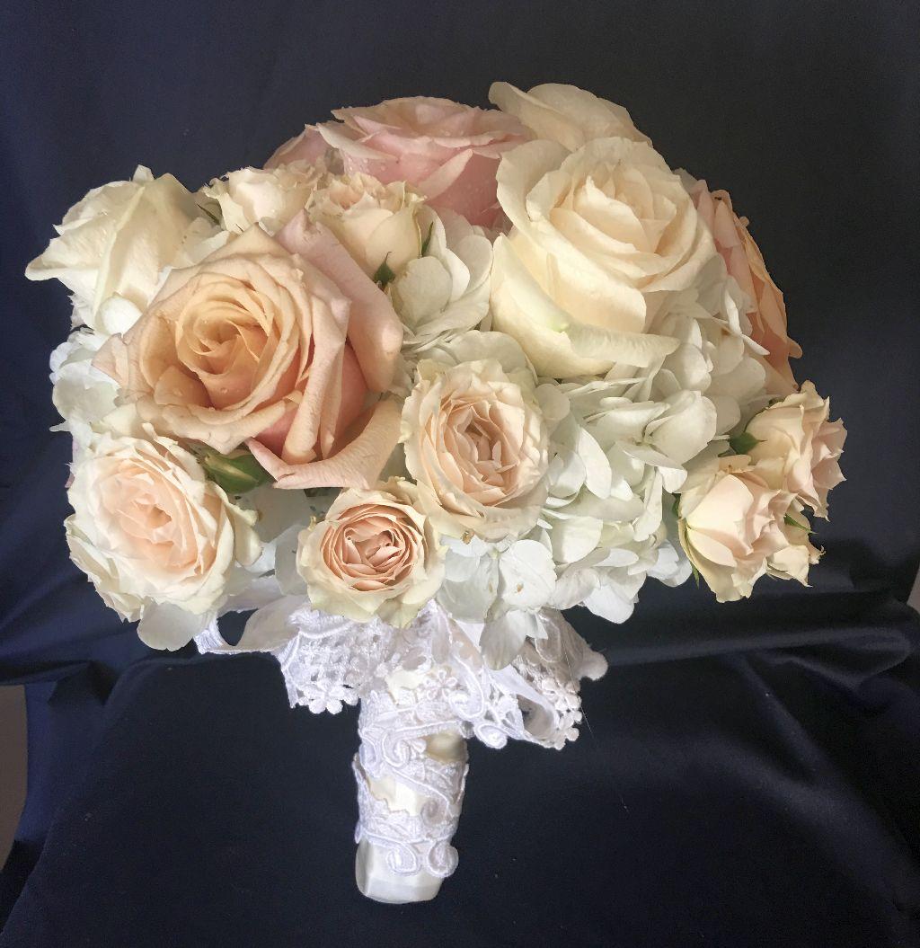 custom bridal pink roses bouquet