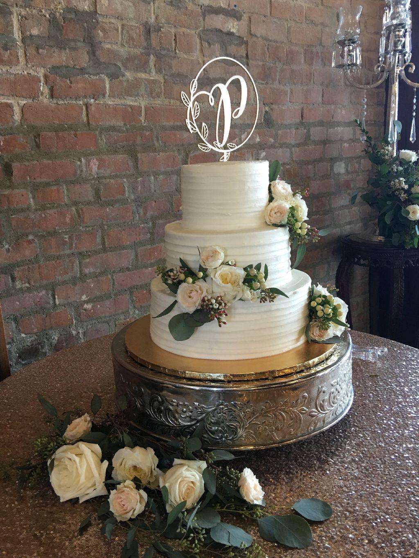 custom 3 tier red velvet wedding cake
